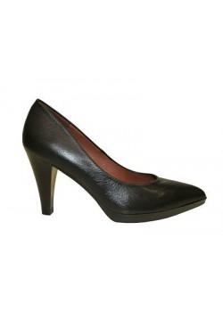 Zapato salón negro, Hispanitas